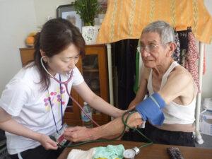A magas vérnyomás kezelése fontos az idősek számára
